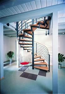 Treppe Zum Dachboden Nachträglich Einbauen : treppe zum dachgeschoss kosten schwimmbadtechnik ~ Orissabook.com Haus und Dekorationen