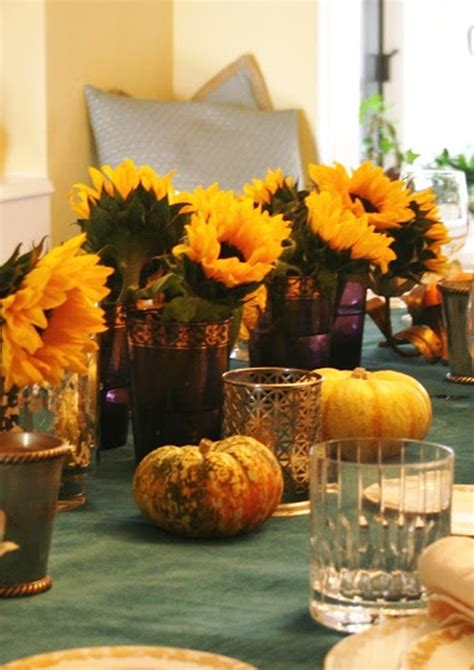 gorgeous  awesome thanksgiving table  flower decorations