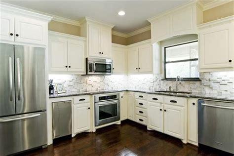 White Cabinets Backsplash Ideas Awesome To Do Kitchen