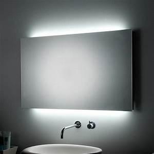 Spiegel Mit Led Licht : badspiegel mit beleuchtung praktisch und elegant ~ Bigdaddyawards.com Haus und Dekorationen