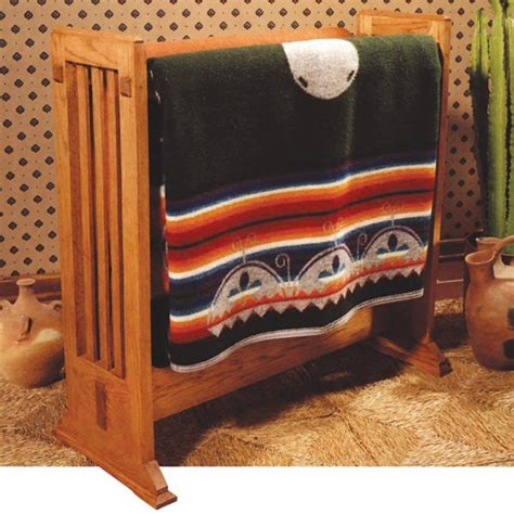 arts  crafts quilt rack woodworking plan  wood magazine