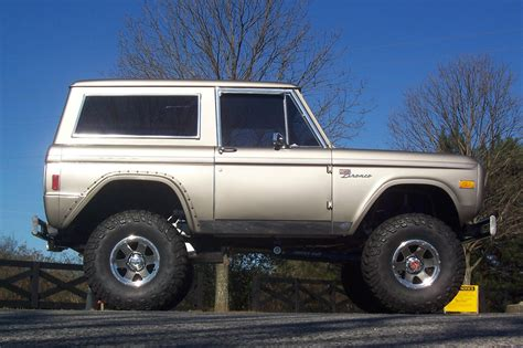 ford bronco hemmings    ford cars