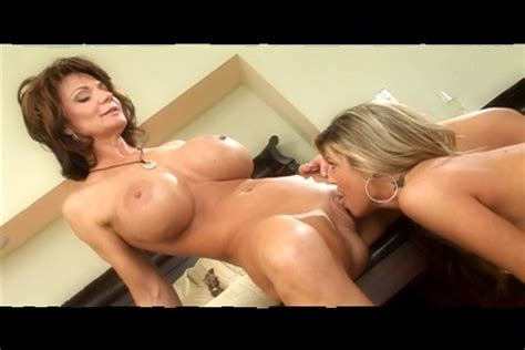 Mature Sex Smokin Hot Mature Milf