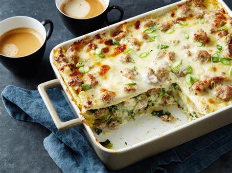 sausage gravy breakfast lasagna recipe food network