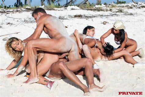 Sex Orgy Four Sexy Sluts Laying The Dirtie XXX Dessert