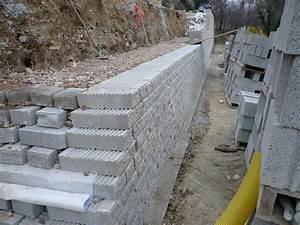 Mur De Soutenement En Gabion : mur de sout nement en bloc de b ton leromur r alisation ~ Melissatoandfro.com Idées de Décoration