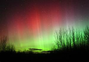 Spectacular Aurora Sneaks In Quietly  Rages All Night