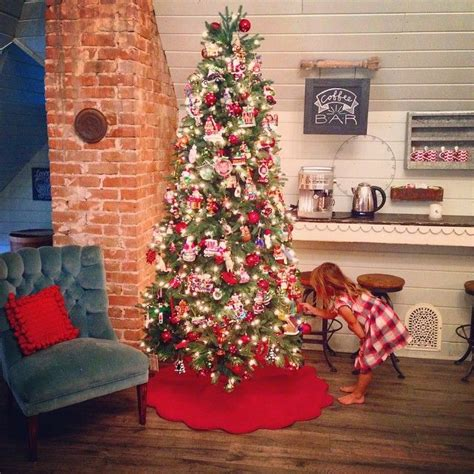 chip  joanna gaines holiday ideas pinterest