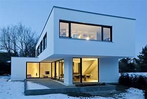 Kleine Moderne Häuser : beton erobert einfamilienhaus moderne h user ~ Lizthompson.info Haus und Dekorationen
