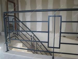 Rampe D Escalier Moderne : rampes d 39 escalier en fer forg design fonctionnel mod le bateau rectangles ~ Melissatoandfro.com Idées de Décoration