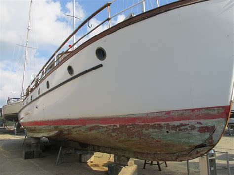 Paint Your Boat by How To Antifoul Your Boat Guides From Hempel