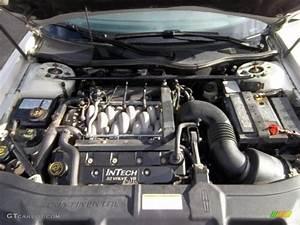 2000 Lincoln Continental Standard Continental Model 4 6 Liter Dohc 32