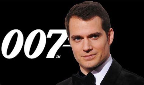 James Bond: Henry Cavill on replacing Daniel Craig as 007 ...