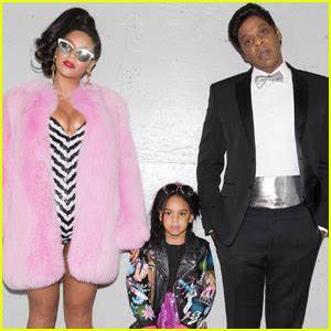 Beyonce & Jay Z Take Blue Ivy to the Museum of Ice Cream ...