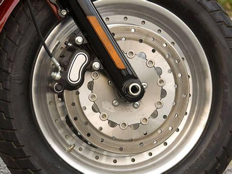 A Motorcycle Braking Guide