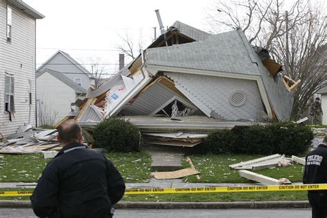 Crews Respond To Collapsed House In North Toledo  The Blade