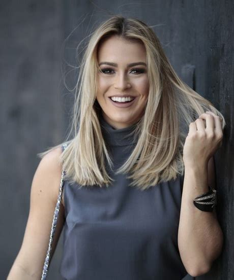 trendy haircuts  women