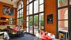 Restaurant Romantique Toulouse : restaurant 7 du plaza h tel crowne plaza toulouse ~ Farleysfitness.com Idées de Décoration