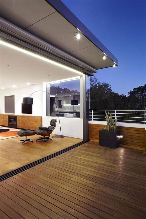 sweeping views  sydney  lovely earth tones shape