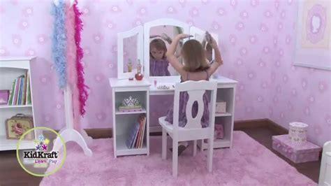 fabriquer chaise coiffeuse en bois pour enfant avec chaise et miroir