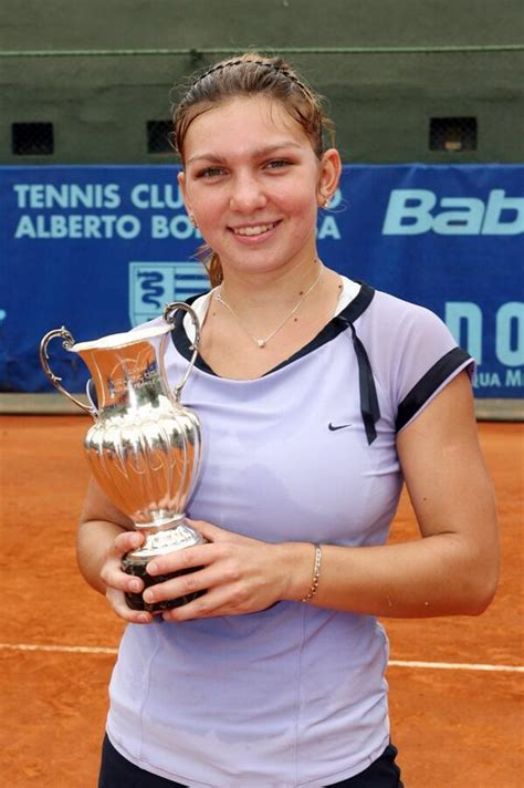 SIMONA HALEP tennis ᐉ Transfer news, fixtures, results, players • 777score.in