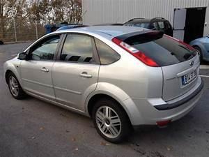 Ford Focus 1 8 Tdci 115 : ford focus ghia 1 8 tdci 115 cv d 39 occasion berline diesel de 2007 en vente sedan annonce ~ Medecine-chirurgie-esthetiques.com Avis de Voitures