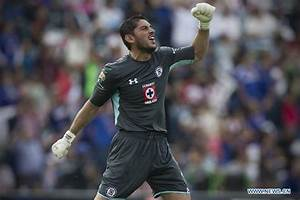 MX League Closing Tournament: Cruz Azul vs. Chivas ...