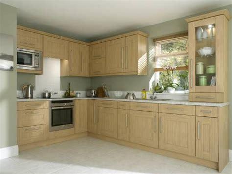 shaker oak kitchen cabinets shaker ferrara oak from 163 3041 ps contracts 5166