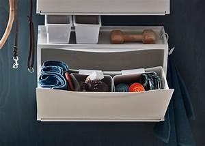 Ikea Schuhschrank Trones : ikea trones aufbewahrung in wei ge ffnet zu sehen sind utensilien f r den hund pets ~ Orissabook.com Haus und Dekorationen