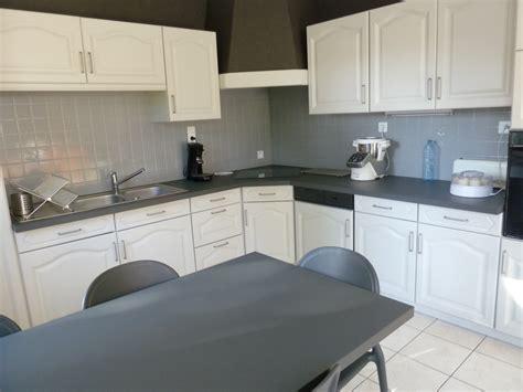 renover meuble cuisine rénover une cuisine comment repeindre une cuisine en