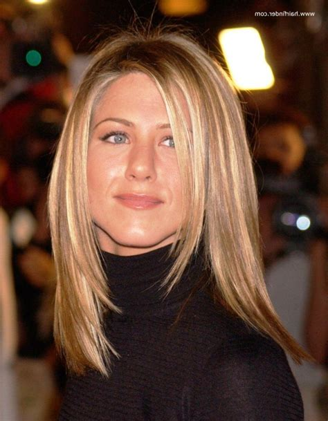 how to style hair like aniston aniston hairstyles hair want 2297