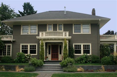 exterior paint colors for house with green roof gray