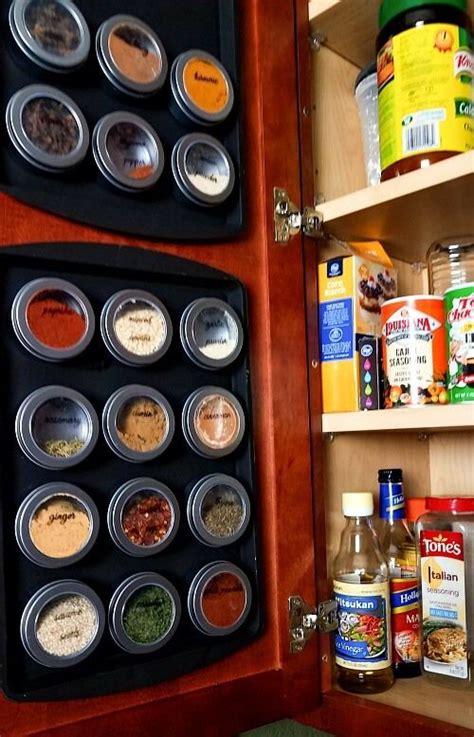 genius dollar store hacks thatll organize  room dollar store diy organization spice