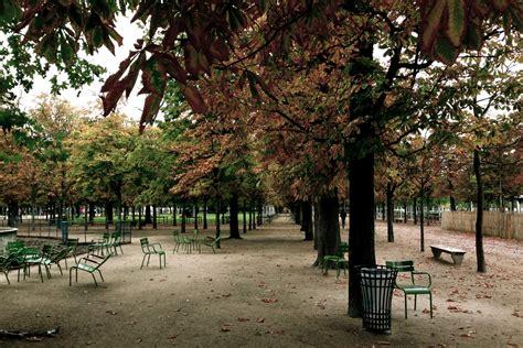 FileParis Tuileries Empty.jpg - Wikimedia Commons