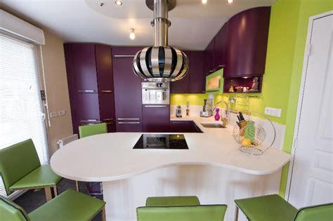 coloris peinture cuisine skconcept cuisine coloris pomme et aubergine
