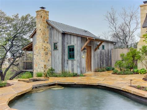 Beautiful Cabin W/reclaimed Wood Details, Private Hot Tub