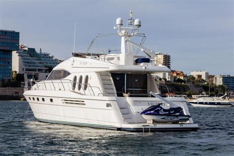 Yacht Boat Rental by Rent From 5000 Boats And Yacht Charters New York
