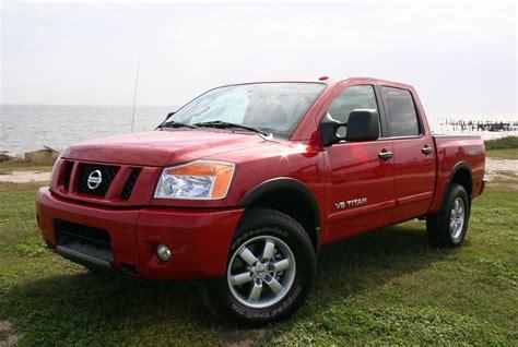 nissan titan pop up cer 2012 nissan titan pro 4x big capability comfort