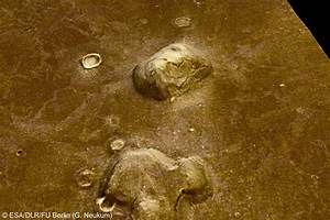 Space in Images - 2006 - 09 - 'Face on Mars' in Cydonia ...