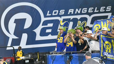 nfl schedule rams  face chiefs  mexico city