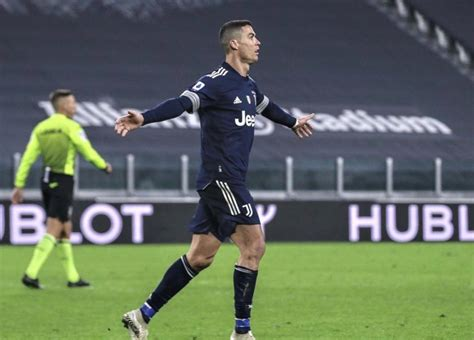 Serie A: Ronaldo makes history in Juventus' 3-1 win over ...
