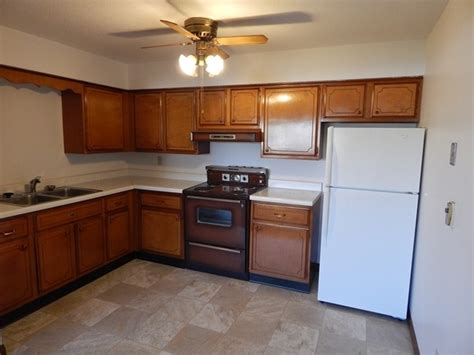 kitchen rock island il the stratford house rock island il apartment finder
