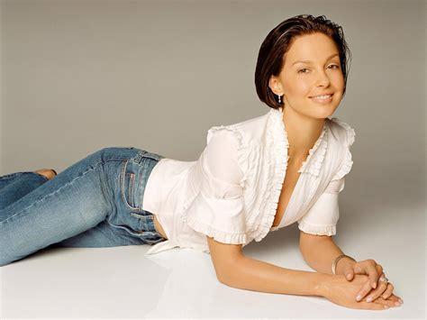 Ashley Judd. Wallpapers list.