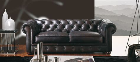 canapé chesterfield cuir superbe canap 233 cuir chesterfield en prix de lancement sur le site canap 233 show