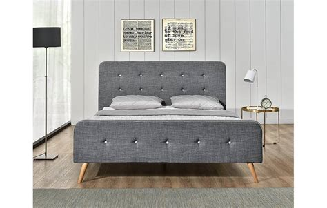 modele de chambre a coucher pour adulte lit tissu gris style scandinave avec tête de lit natt