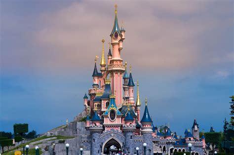 Disneyland Wallpaper by Castle Disneyland Wallpapers Wallpaper Cave