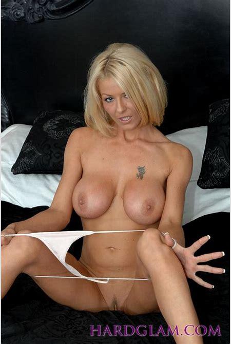 Fit blonde babe Tia Layne creams in her white panties