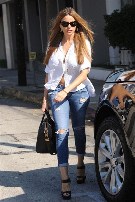 sofia vergara endorsements sofia vergara s beauty endorsements add to fortune