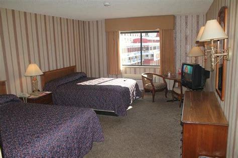 New Orleans Hotel Suites 2 Bedroom  Bedroom At Real Estate