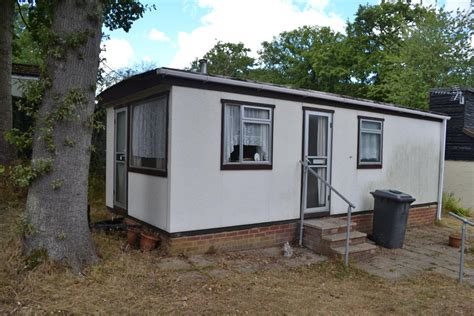 one bedroom mobile homes 1 bedroom mobile home for in garston park rg31